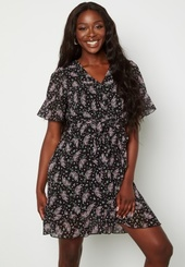Sisters Point New Greto Dress 010 Blk/pink Flower Xl