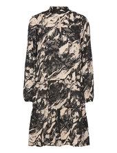 Gillaiw Dress Knælang Kjole Sort Inwear