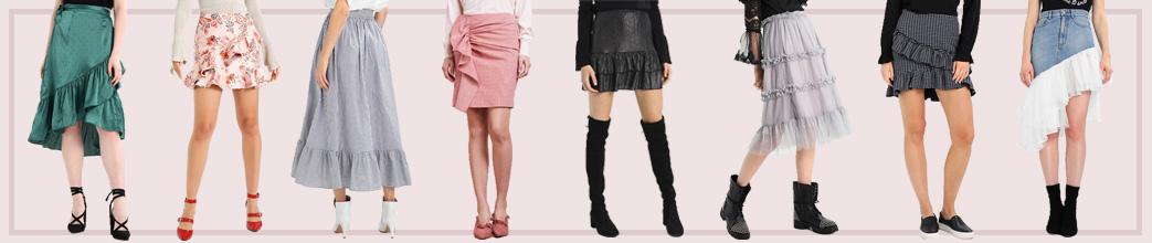 Kvinder i nederdele med flæser og bare ben
