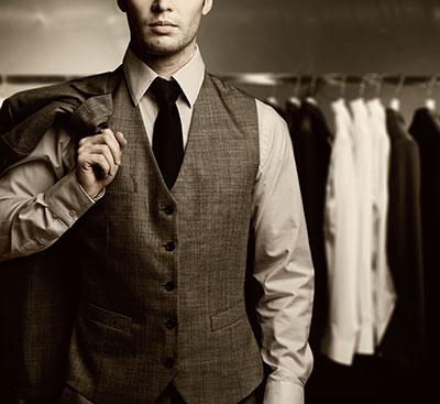 Mand i fint tøj